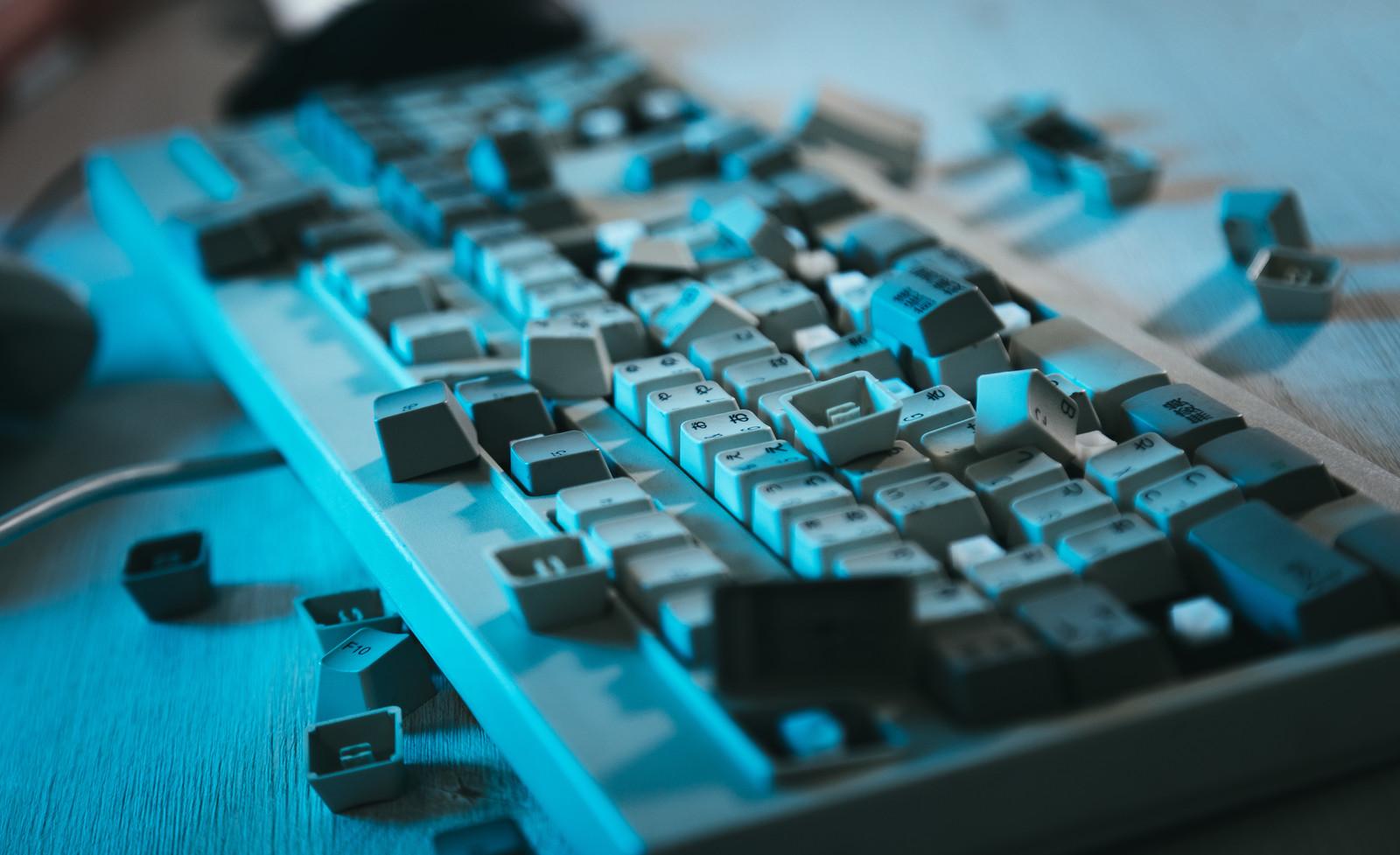壊れたキーボード
